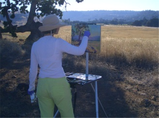 Lana painting in the Upper Bidwell park at dawn